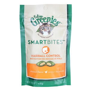 Greenies SmartBites Hairball Control, Chicken Flavored Cat Treats, 2.1 Ounces